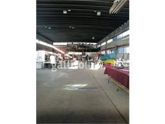 https://www.gallito.com.uy/js-local-industrial-en-maroñas-inmuebles-18937881