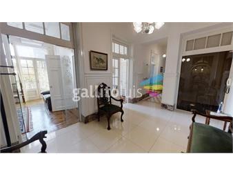 https://www.gallito.com.uy/espectacular-apartamento-de-estilo-en-emblematico-edificio-inmuebles-18947997