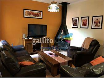 https://www.gallito.com.uy/casa-5-dormitorios-la-blanqueada-inmuebles-17734631
