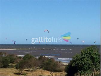 https://www.gallito.com.uy/apartamento-amueblado-2-dorms-con-patio-y-barbacoa-y-garaje-inmuebles-18011787