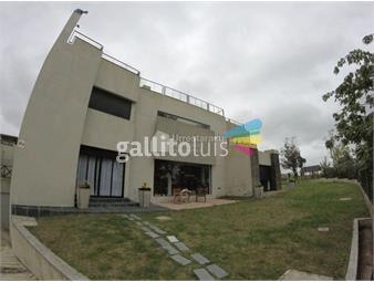 https://www.gallito.com.uy/minimalista-barrio-privado-inmuebles-18972526