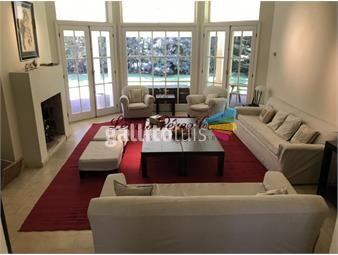 https://www.gallito.com.uy/venta-de-casa-en-laguna-blanca-4-dormitorios-inmuebles-17644667