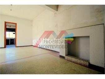 https://www.gallito.com.uy/apartamento-en-venta-2-dormitorios-la-comercial-inmuebles-17750583