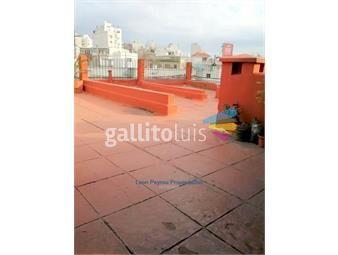 https://www.gallito.com.uy/casa-de-altos-3-dormitorios-servicio-azotea-peyrou-inmuebles-19011144