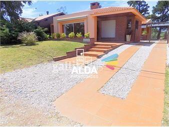 https://www.gallito.com.uy/casa-en-portales-lo-de-july-inmuebles-12817886