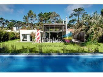 https://www.gallito.com.uy/casa-en-san-rafael-4-dormitorios-con-piscina-y-barbacoa-inmuebles-18600739