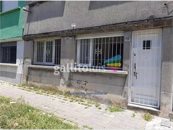 https://www.gallito.com.uy/casa-al-frente-sin-gastos-comunes-y-con-patio-inmuebles-18923730