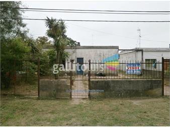https://www.gallito.com.uy/casa-3-dormitorios-y-apartamento-al-fondo-maroñas-inmuebles-19025225