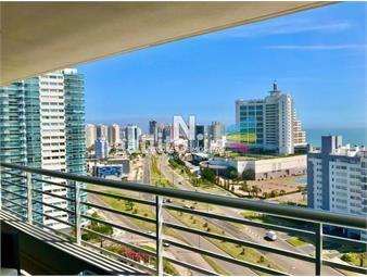 https://www.gallito.com.uy/venta-de-apartamento-3-dormitorios-en-playa-mansa-punta-de-inmuebles-19025685