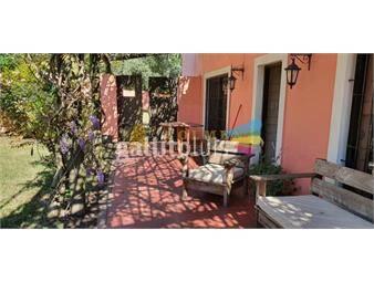 https://www.gallito.com.uy/casa-quinta-vintage-en-pinares-inmuebles-18493846