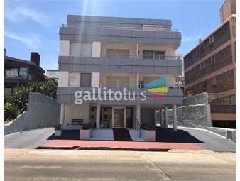 https://www.gallito.com.uy/apartamento-peninsula-con-garaje-1-dormitorio-y-medio-inmuebles-18354859