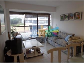 https://www.gallito.com.uy/apartamento-en-peninsula-2-dormitorios-frente-al-emir-inmuebles-19037901