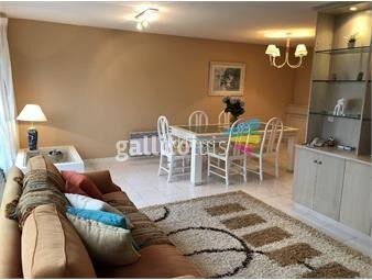 https://www.gallito.com.uy/playa-mansa-impecable-apartamento-a-metros-del-mar-inmuebles-19063381