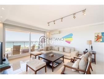 https://www.gallito.com.uy/apartamento-de-tres-dormitorios-y-servicio-en-alquiler-le-j-inmuebles-19065254
