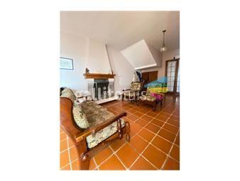 https://www.gallito.com.uy/venta-casa-3-dormitorios-oficina-y-garaje-2-autos-inmuebles-18647220