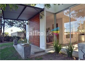 https://www.gallito.com.uy/moderna-casa-luminosa-y-amplia-en-colonia-inmuebles-18948208