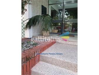 https://www.gallito.com.uy/alquiler-apartamento-2-dormitorios-la-blanqueada-inmuebles-19103368