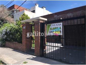 https://www.gallito.com.uy/hermosa-casa-con-garaje-y-fondo-verde-zona-de-colegios-inmuebles-19109996