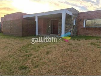 https://www.gallito.com.uy/casa-barrio-privado-altos-de-la-tahona-alquiler-y-venta-ru-inmuebles-19113826