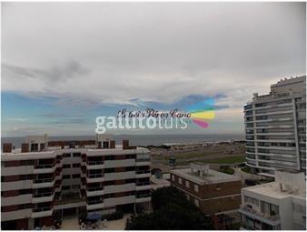 https://www.gallito.com.uy/venta-apartamento-de-3-dormitorios-en-playa-brava-inmuebles-18800063