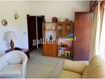 https://www.gallito.com.uy/alquiler-temporario-de-casa-2-dormitorios-en-playa-mansa-inmuebles-16908707