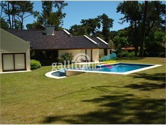 https://www.gallito.com.uy/casa-con-piscina-en-san-rafael-inmuebles-18751259