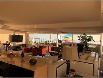 https://www.gallito.com.uy/departamento-de-primer-nivel-en-playa-mansa-inmuebles-19130214