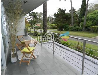 https://www.gallito.com.uy/apartamento-en-alquiler-playa-mansa-inmuebles-16400754