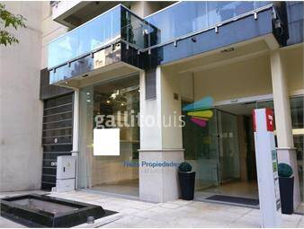https://www.gallito.com.uy/gran-local-de-doble-altura-cgrandes-vidrieras-en-complejo-inmuebles-19154554