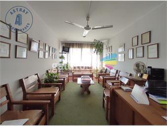 https://www.gallito.com.uy/consultorio-2-dormitorios-la-blanqueada-inmuebles-19168244