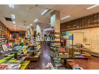 https://www.gallito.com.uy/venta-de-gran-local-comercial-en-el-centro-inmuebles-19184606