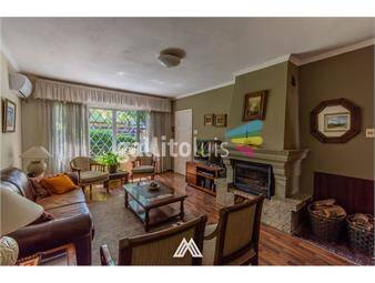 https://www.gallito.com.uy/venta-casa-de-5-dormitorios-en-buceo-inmuebles-19184836