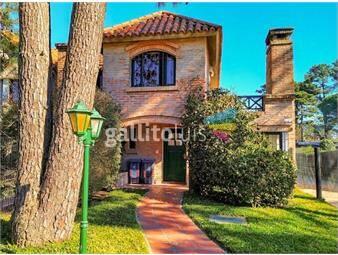 https://www.gallito.com.uy/venta-casa-el-pinar-dos-dormitorios-inmuebles-19179979