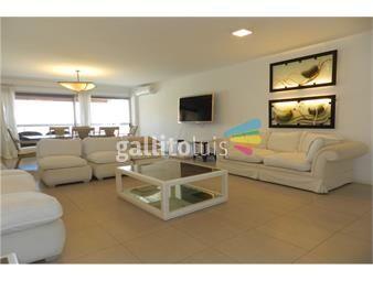 https://www.gallito.com.uy/apartamento-de-lujo-frente-al-mar-en-playa-mansa-inmuebles-18568347
