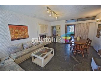 https://www.gallito.com.uy/apartamento-2-dormitorios-en-venta-inmuebles-18410471