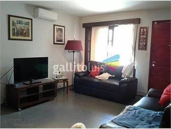 https://www.gallito.com.uy/casa-5-dormitorios-2-baã±os-garaje-yacabã-buceo-inmuebles-17873592