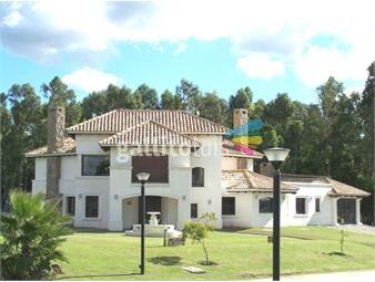 https://www.gallito.com.uy/casa-barrio-privado-venta-y-alquiler-cumbressoberbia-re-inmuebles-12551047