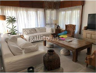 https://www.gallito.com.uy/casatroja-venta-casa-carrasco-inmuebles-18223695