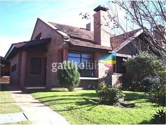 https://www.gallito.com.uy/venta-lomas-de-solymar-casa-3-dormitorios-barrio-privado-co-inmuebles-18354994
