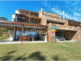 https://www.gallito.com.uy/planta-baja-con-vista-al-mar-en-quartier-punta-ballena-inmuebles-17345774
