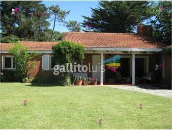 https://www.gallito.com.uy/casa-en-punta-del-este-cantegril-romina-silveira-ref865-inmuebles-19184922