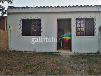 https://www.gallito.com.uy/casa-con-jardin-y-fondo-inmuebles-19239090