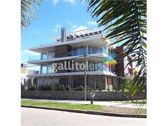 https://www.gallito.com.uy/venta-apartamento-3-dormitorios-3-baños-estar-a-estrenar-inmuebles-18354891