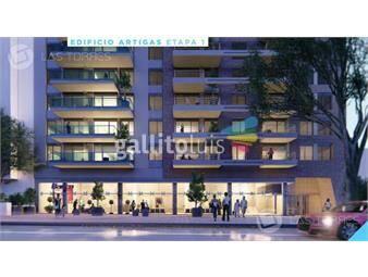 https://www.gallito.com.uy/apartamento-tres-cruces-de-calidad-con-balcon-al-fre-inmuebles-19259910