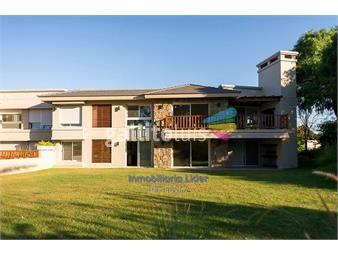 https://www.gallito.com.uy/apartamento-3-dormitorios-servicio-en-carrasco-inmuebles-17896432