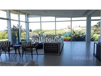 https://www.gallito.com.uy/espectacular-apartamento-en-playa-brava-inmuebles-19279686