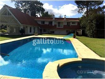https://www.gallito.com.uy/casa-de-4-dormitorios-3-baños-jardin-piscina-inmuebles-19280088