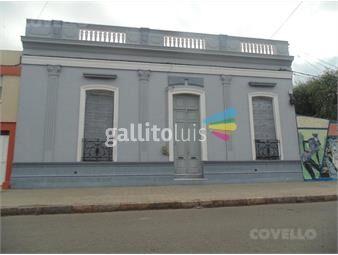 https://www.gallito.com.uy/casa-centrica-amplia-buena-ubicacion-patio-amplio-inmuebles-19280512