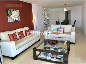 https://www.gallito.com.uy/venta-apartamento-playa-brava-3-dormitorios-con-garage-inmuebles-19280597