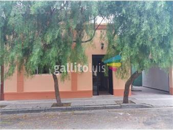 https://www.gallito.com.uy/casa-centrica-ambientes-amplios-muy-buena-construccion-p-inmuebles-19281409
